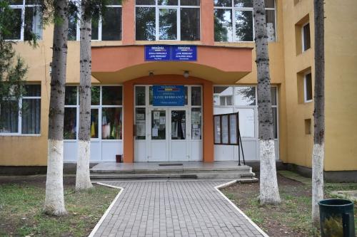 Gimnaziul Liviu Rebreanu Targu Mures